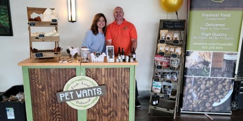 Scott and Gina Turner, owners of Pet Wants Greater Kansas City